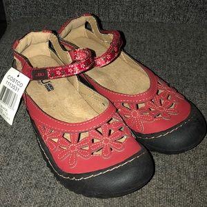 New JBU Wildflowers sandals